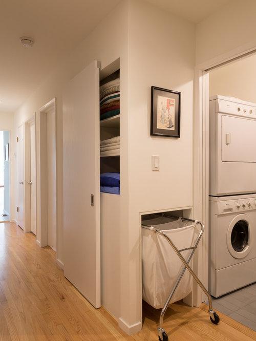 Best 70 Midcentury Modern Laundry Room Ideas & Photos   Houzz