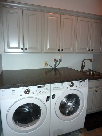 Traditional Laundry Room OConnor