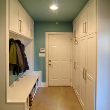 Traditional Laundry Room by Ecologic-Studio, llc