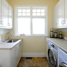 Craftsman Laundry Room by Chuck Mills Residential Design & Development Inc.