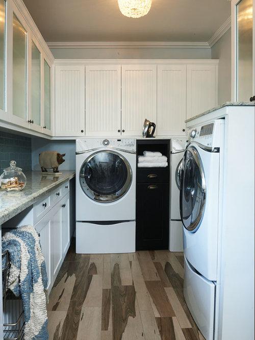 Houzz   Eclectic Laundry Room with Medium Tone Hardwood Floors Design Ideas & Remodel Pictures