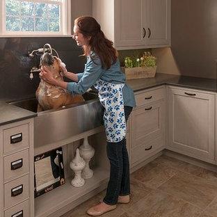 Pet Parlor features Large Sink for Pet Baths
