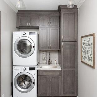 Источник вдохновения для домашнего уюта: прачечная в классическом стиле
