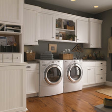 Traditional Laundry Room by TOP DRAWER CUSTOM CABINETRY