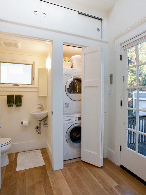 buanderie lin aire avec un placard photos et id es d co de buanderies. Black Bedroom Furniture Sets. Home Design Ideas