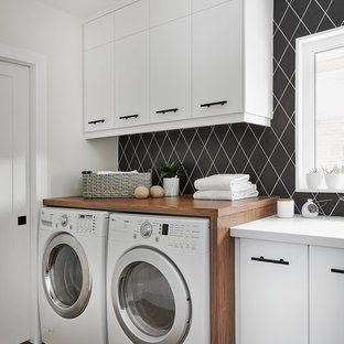 Inspiration For A Contemporary Single Wall Medium Tone Wood Floor And Brown  Floor Dedicated Laundry