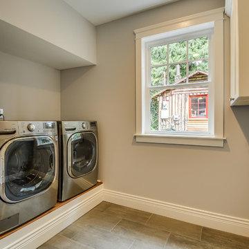 Samammish Custom Laundry Room