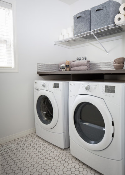 Scandinavian Laundry Room by LeAnne Bunnell Interiors Inc.