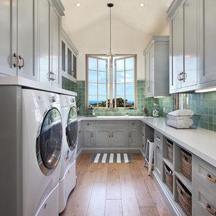 Immagine di una lavanderia mediterranea