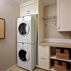 contemporary laundry room by Jennifer McCarthy