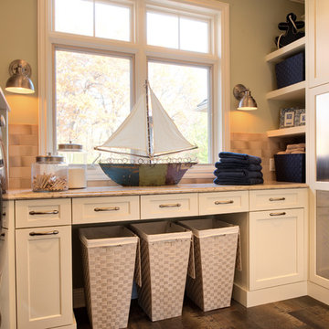 Sophisticated Traditional Kitchen