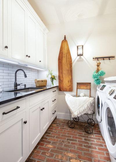 Farmhouse Laundry Room by Yankee Barn Homes