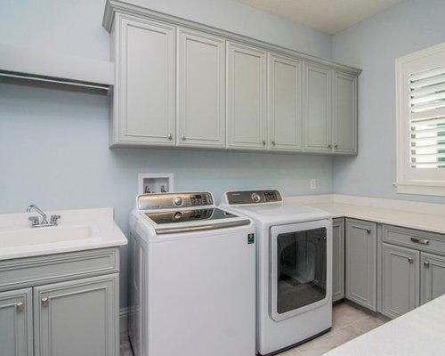 hauswirtschaftsraum mit quarzit arbeitsplatte und integriertem waschbecken ideen design. Black Bedroom Furniture Sets. Home Design Ideas