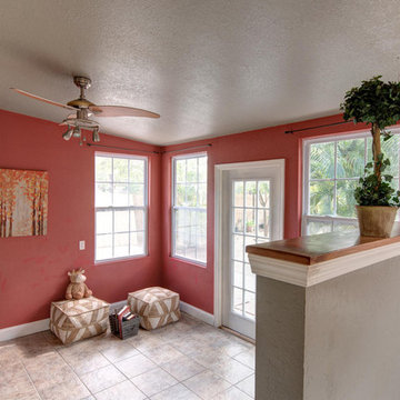 Staged Cozy 1940's St. Pete Bungalow