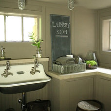 Traditional Laundry Room by ENJOY Co.