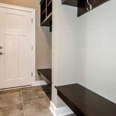 Traditional Laundry Room by Homes by DePhillips