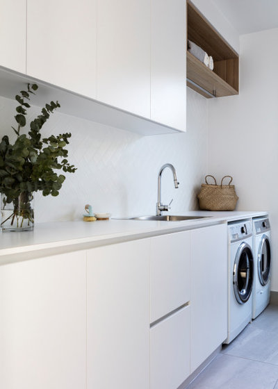 Beach Style Laundry Room by zooi design