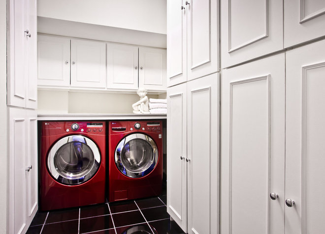 Contemporary Laundry Room by Supon Phornirunlit / Naked Decor