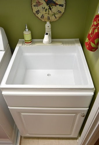 Stand Alone Sink Utility Room Design Ideas, Renovations & Photos