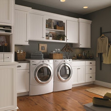 Traditional Laundry Room by Classic Kitchens, Inc