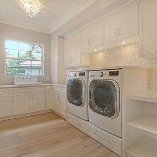 Foto di una lavanderia stile shabby