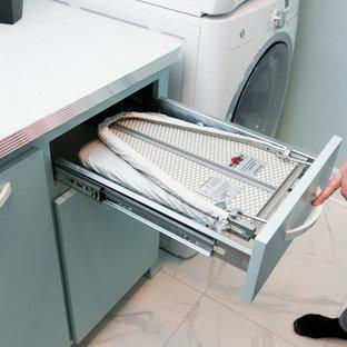 Esempio di una lavanderia american style