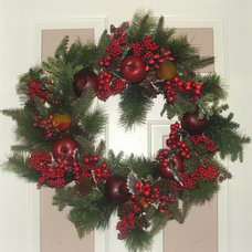 Laundry Room Traditional Christmas Wreath