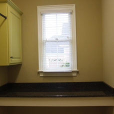 Traditional Laundry Room by Grainda Builders, Inc.
