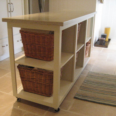 Laundry Room Folding Table | House Design