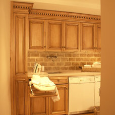 Traditional Laundry Room by WL INTERIORS