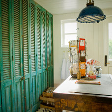 Traditional Laundry Room by PHX Architecture