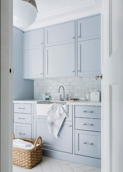 Transitional Laundry Room by Milestone Building Pty Ltd