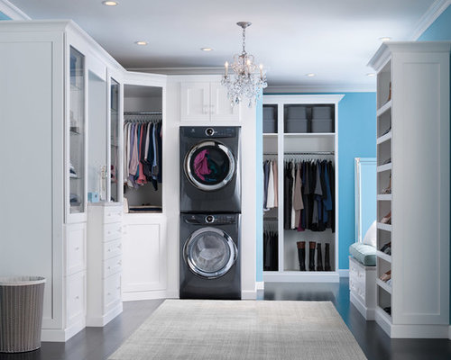 600 Master Bedroom With Ensuite Laundry Room Design Ideas