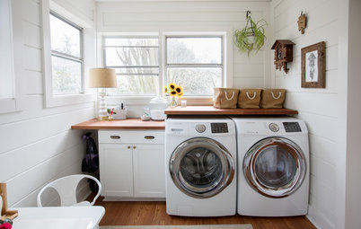 Wash, Rinse and Play in This Multipurpose Laundry Room