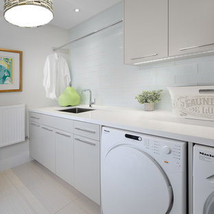 Inspiration for a 1960s laundry room remodel in Toronto