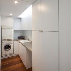 Contemporary Laundry Room by DAVID BARR ARCHITECT