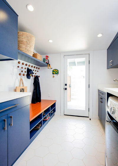 Midcentury Laundry Room by JWT Associates