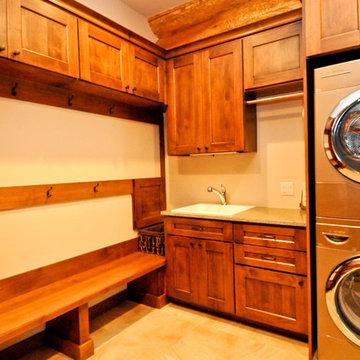Western Red Cedar Ranch Style Log Home