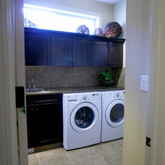 traditional laundry room by Kirby Maronda