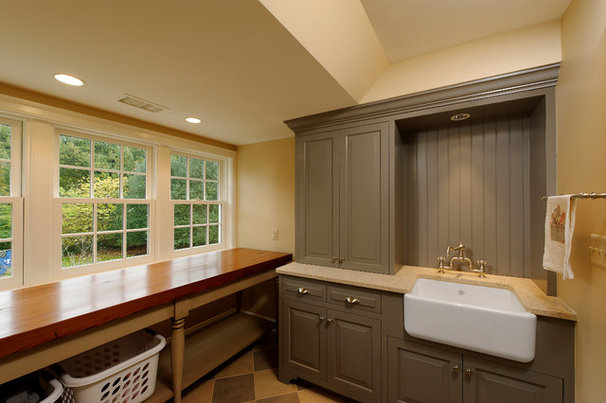 Traditional Laundry Room by BOWA