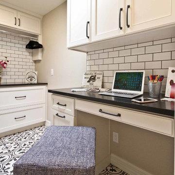 Wild master bath & family room [Scottsdale Ranch]