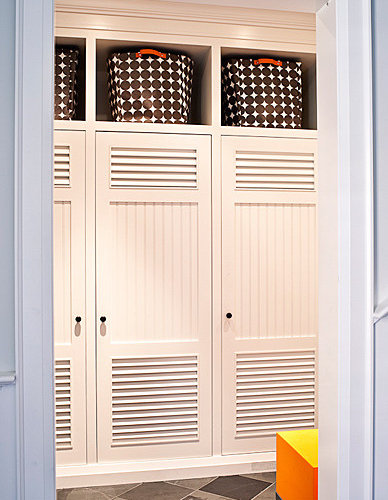 Mudroom lockers with doors home design ideas pictures for Entryway lockers with doors