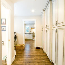 Traditional Laundry Room by Starline Cabinets