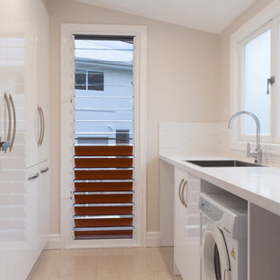Tropical laundry room in Brisbane.