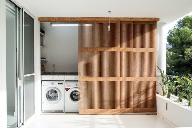 Contemporary Laundry Room by Nada