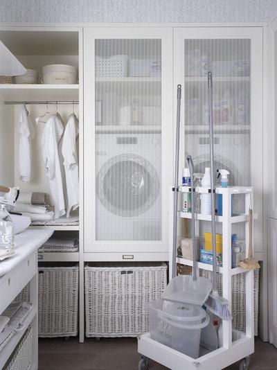 Scandinavian Laundry Room by deulonder arquitectura doméstica