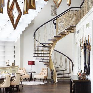 Новые идеи обустройства дома: винтовая лестница в стиле фьюжн без подступенок
