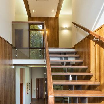 Лестница и загородного дома Ла Променад 2