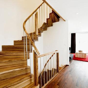 Консольная лестница из зебрано