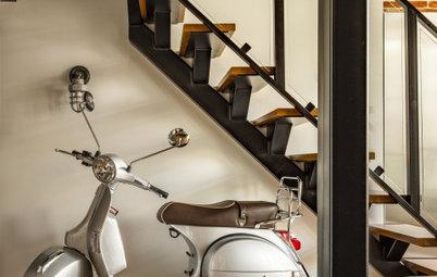 Houzz тур: Лофт в двухэтажной квартире с мопедом под лестницей